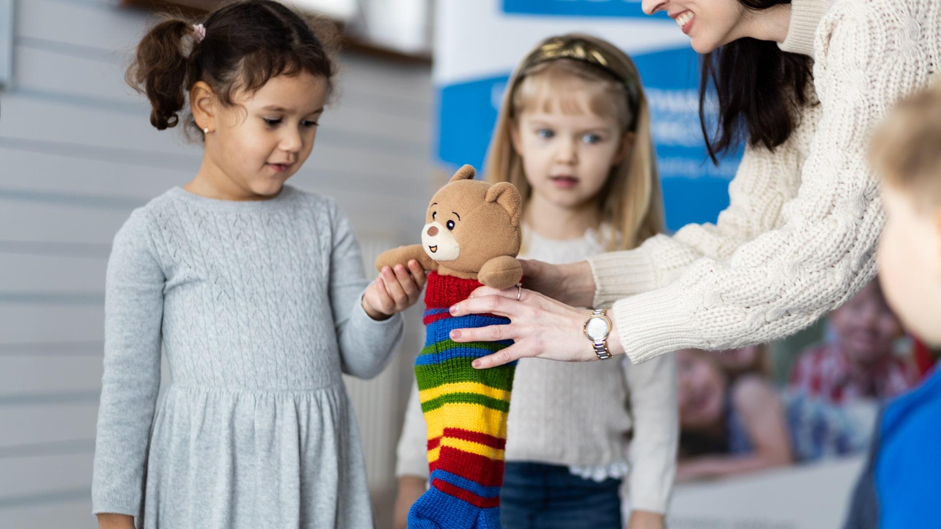 Czy małe dzieci powinny uczęszczać na zajęcia językowe ?